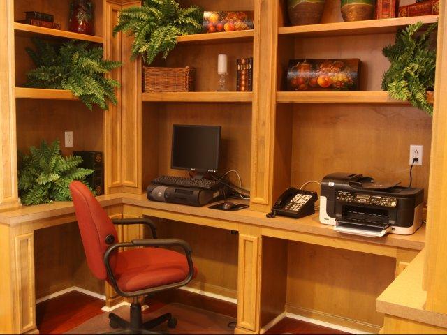 Windsor Park Apartments for Rent in Hendersonville, TN | Business Center