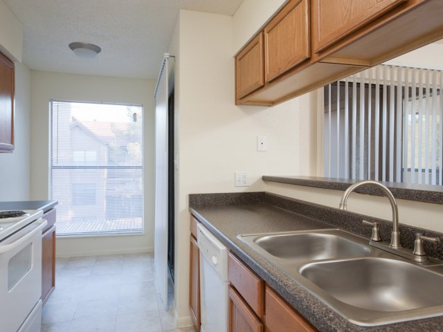 Villas at Cave Creek Apartments for Rent in Pheonix, AZ | Kitchen Space
