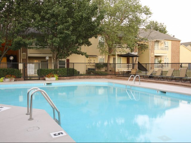 Windsor Park Apartments for Rent in Hendersonville, TN | Community Swimming Pool
