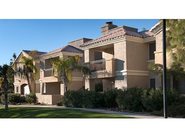 Lumiere Chandler Condos | Apartments for Rent in Chandler, AZ | Building Exterior