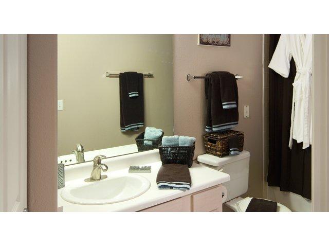 Sierra Canyon | Apartments for Rent in Glendale, AZ | Bathroom
