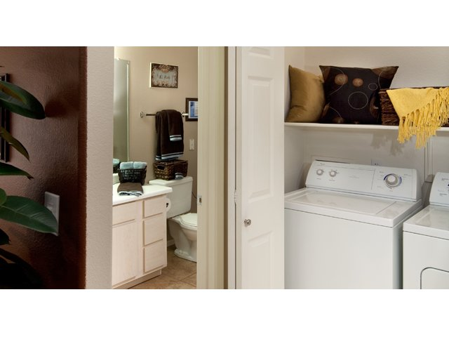 Sierra Canyon | Apartments for Rent in Glendale, AZ | Laundry Room