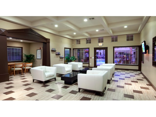 Sierra Canyon | Apartments for Rent in Glendale, AZ | Leasing Office