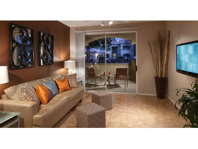 Sierra Canyon | Apartments for Rent in Glendale, AZ | Furnished Living Room