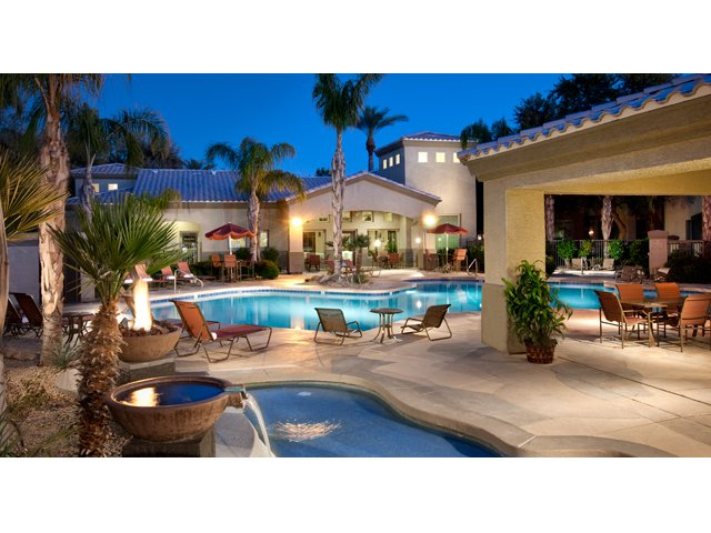 Sierra Canyon | Apartments for Rent in Glendale AZ | Pool with Sundeck