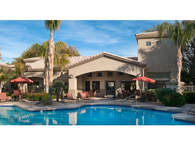 Sierra Canyon | Apartments for Rent in Glendale, AZ | Community Pool and Sundeck