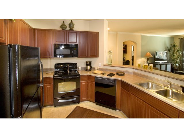 Waterford at Peoria Apartments for Rent in Peoria, AZ | Sweetwater Kitchen Counters
