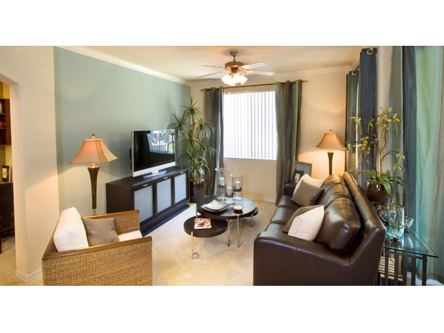 Waterford at Peoria Apartments for Rent in Peoria, AZ | Sweetwater Living Room