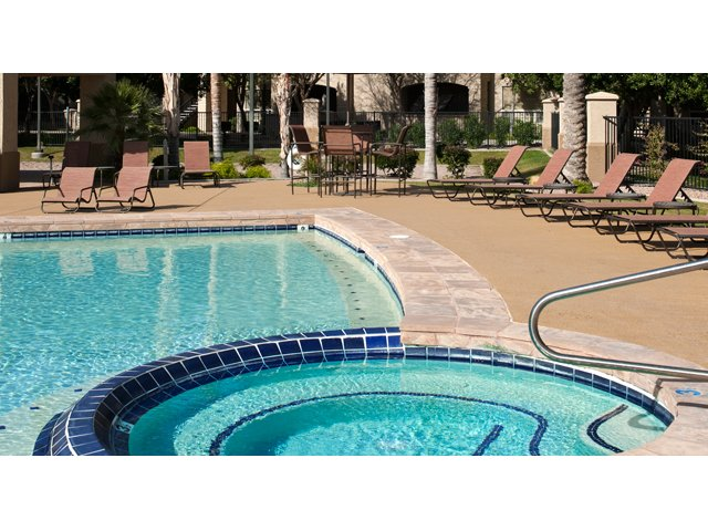 Sierra Foothills | Apartments For Rent in Phoenix, AZ | Whirlpool Spa