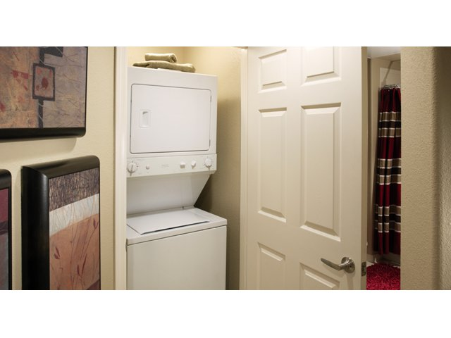 Residences at Village Stadium Apartments in Surprise, AZ | Drysdale Laundry Room