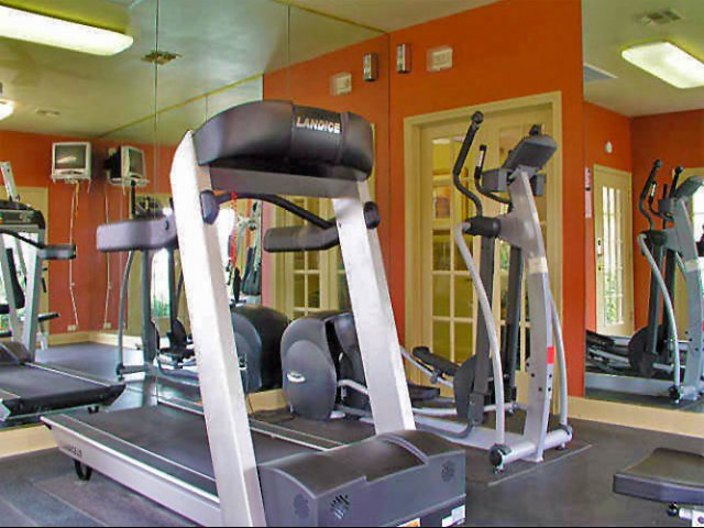 Costa Del Sol | Apartments in San Antonio, Texas | Fitness Center