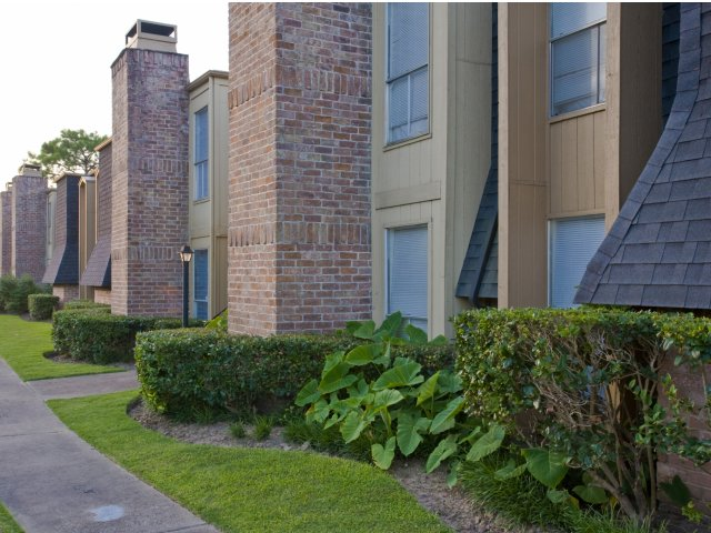 Pineforest Park | Apartments for Rent in Houston, TX | Apartment Exteriors