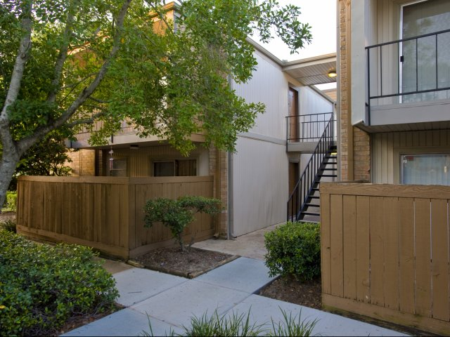 Pineforest Park | Apartments for Rent in Houston, TX | Patios and Balconies