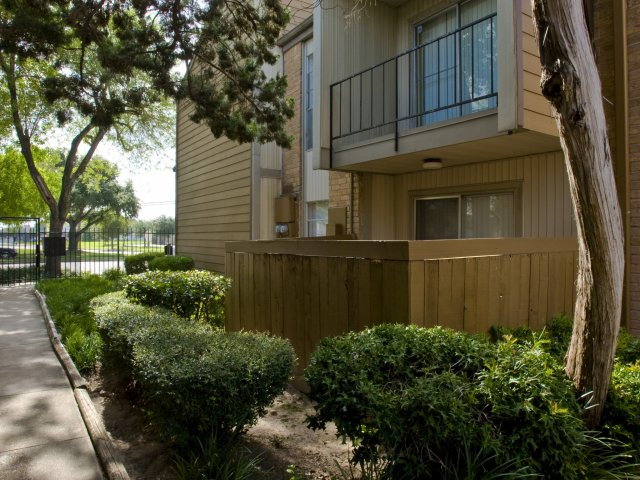 Pineforest Park | Apartments for Rent in Houston, TX | Private Patios and Balconies