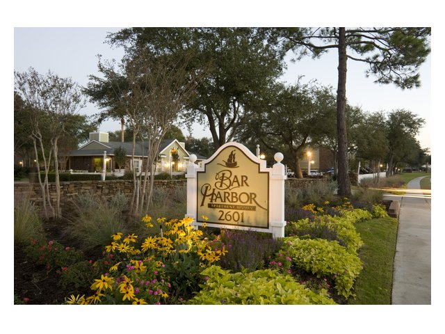 Bar Harbor | Apartments in Seabrook, TX | Entrance sign
