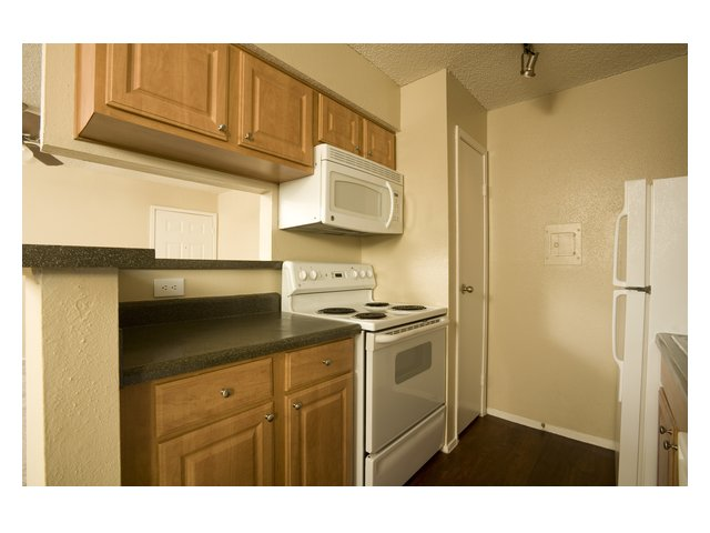 Bar Harbor | Apartments in Seabrook, TX | Kitchen and Appliances