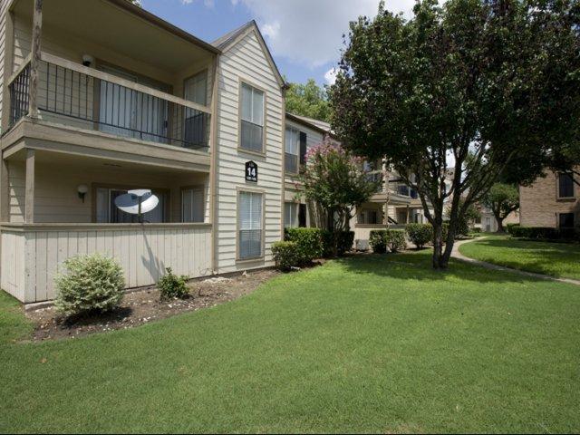 1 Bed 1 Bath Apartment In Houston Tx Silverado Apartments Milestone Management