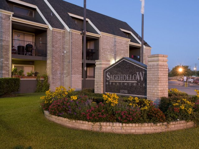 Sage Hollow Apartments For Rent In Houston Tx Entrance Sign