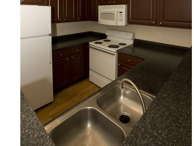 The Retreat at Eldridge Apartments for Rent in Houston, TX | Kitchen Countertops