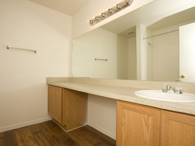 Central Park Regency | Apartments for Rent near Houston, TX | Bathroom Counter