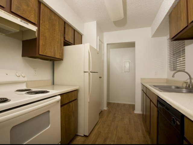 Hunt Club at Pin Oak   Apartments For Rent Katy, TX   Kitchen Appliances