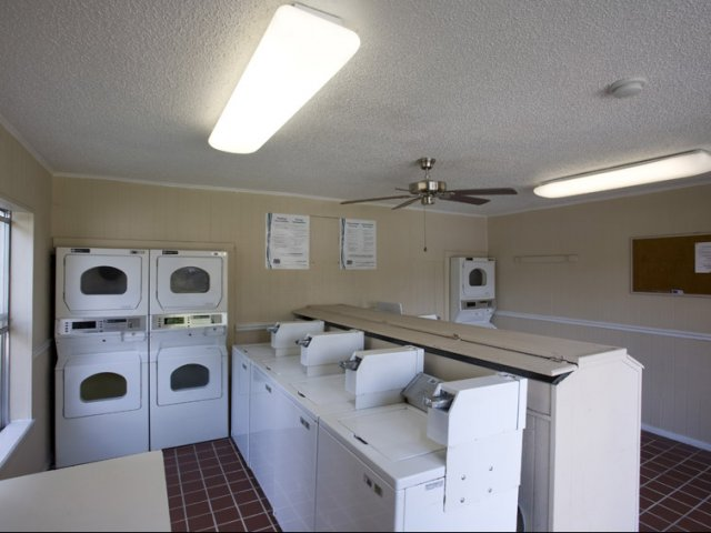 Hunt Club at Pin Oak | Apartments For Rent Katy, TX | Clothes Care Facility