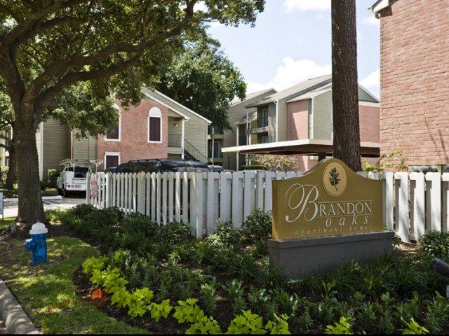 Brandon Oaks | Apartments in Cypress, Texas | Entrance Sign