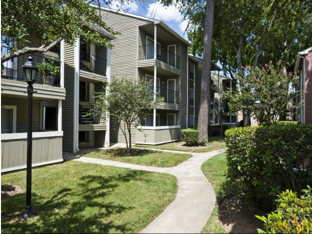 Brandon Oaks | Apartments for Rent Cypress, TX | Exterior Buildings