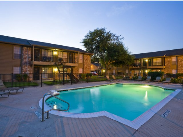 Steeplechase | Apartments for Rent in Alvin, TX | Community Pool