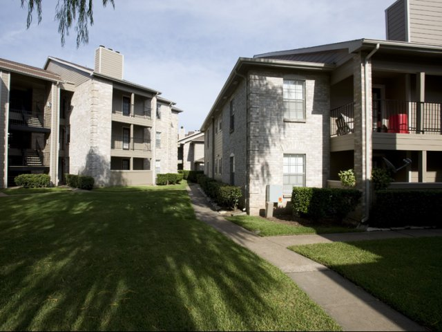 Cimarron Parkway | Apartments For Rent Katy, TX | Exterior Buildings
