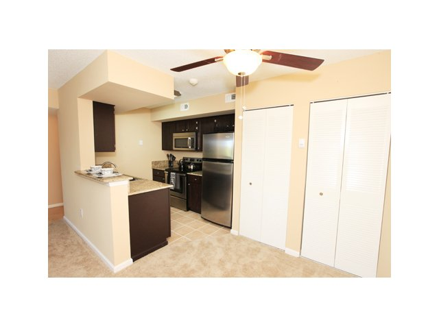 Fairlake at Weston | Apartments for Rent Weston, FL | Premium Kitchen