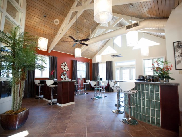 Apartments in Longwood Florida | Cafe