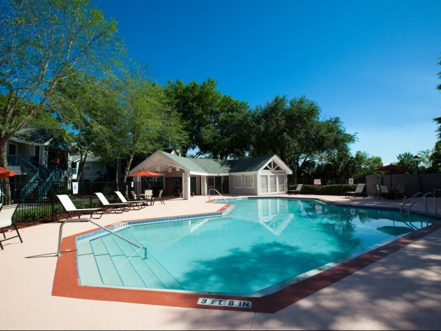 Apartments in Winter Park | Swimming Pool
