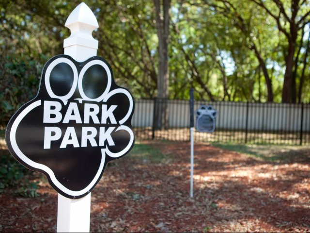 Apartments for Rent in Casselberry Florida | Dog Park