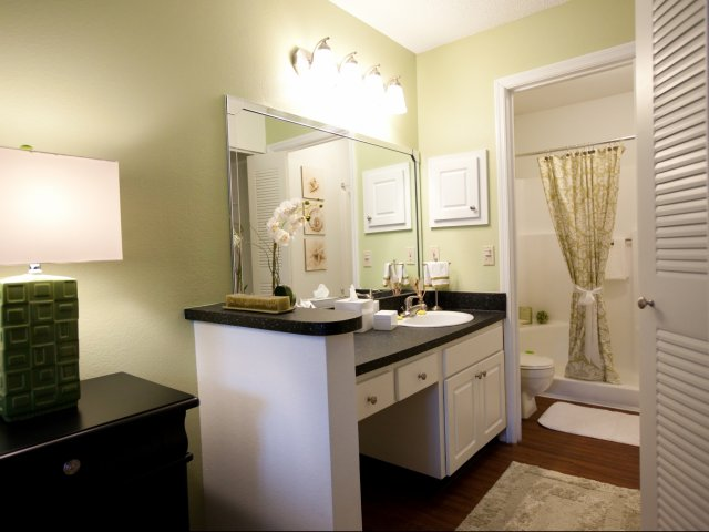 Casselberry Florida Apartments for Rent | Bathroom