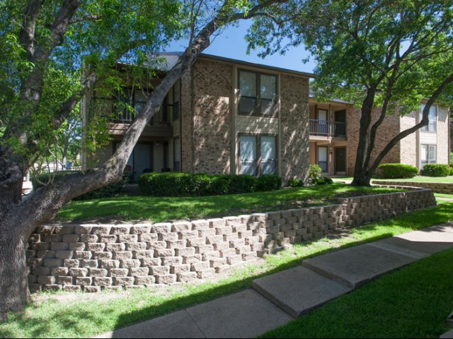 Canyon Ridge | Rockwall, TX Apartment Rentals | Exterior of Apartment Buildings