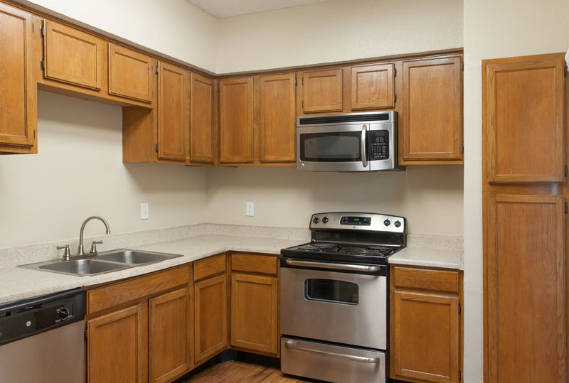 Summers Landing Apartments for Rent in Fort Worth, TX | Kitchen Counters