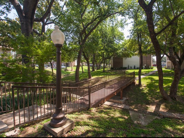 Arbor Creek | Apartment for Rent Lewisville, TX | Scenic Views