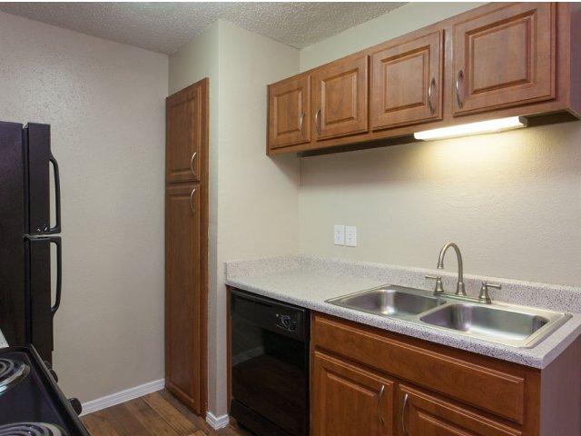 Arbor Creek   Apartments for Rent in Lewisville, TX   Premium Interior Kitchen