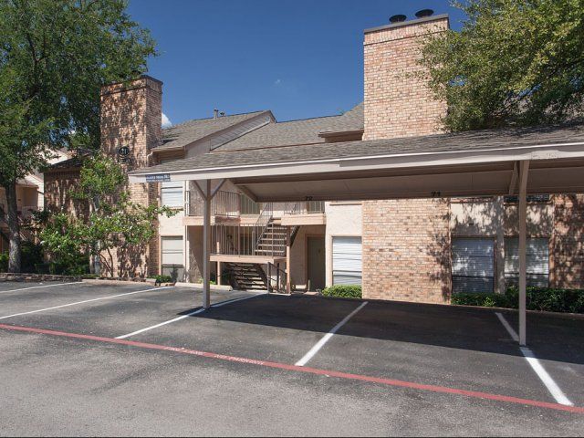 Preston Greens | Apartments For Rent in Dallas, TX | Covered Parking