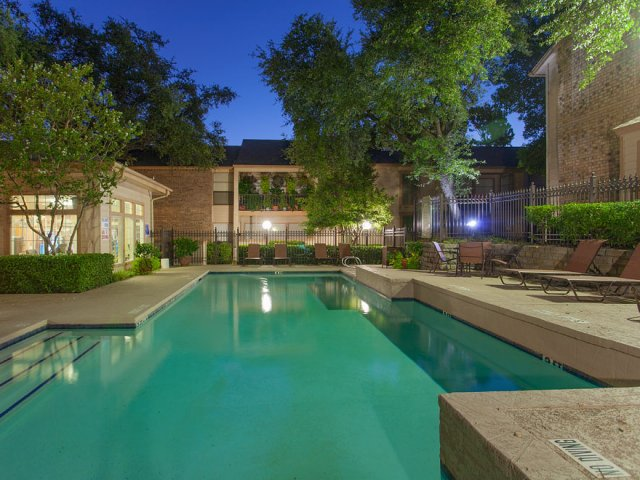 Preston Greens | Apartments For Rent in Dallas, TX | Landscaped Pool