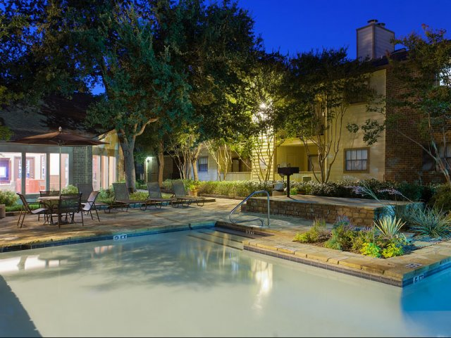 Summer Villas Apartments for Rent in Dallas, TX | Swimming Pool at Night