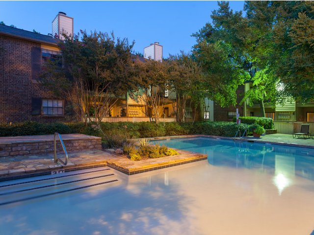 Summer Villas Apartments for Rent in Dallas, TX | Community Pool