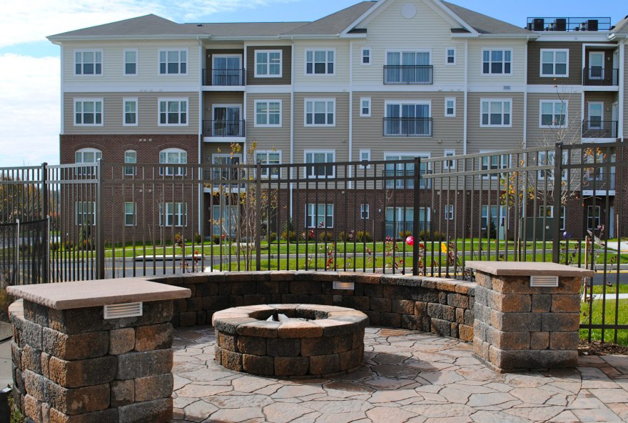 Orchard Meadows At North Ridge Apartments For Rent - Ellicott City -Outdoor Fire Pit