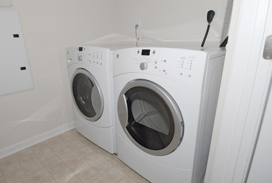 Orchard Meadows At North Ridge Apartments For Rent - Ellicott City - Washer and Dryer included