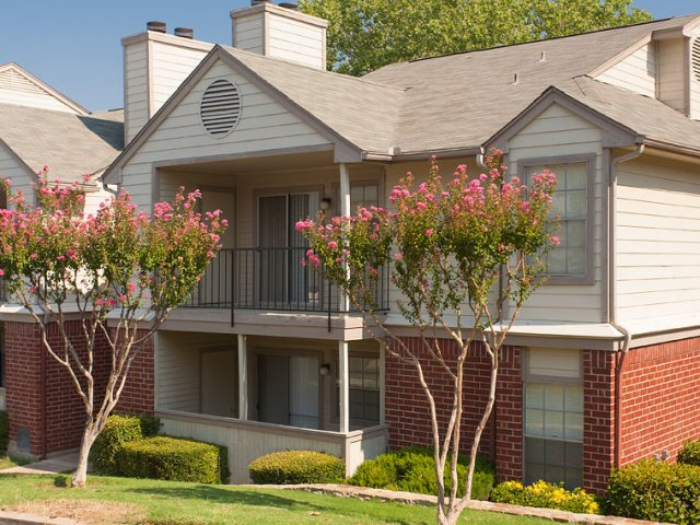 Apartments For Rent at The Gables of McKinney, TX | Patios and Balconies