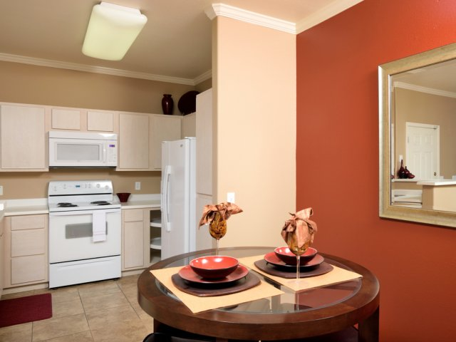 Sierra Foothills | Apartments For Rent in Phoenix, AZ | Dining Room