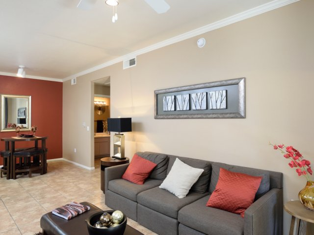 Sierra Foothills | Apartments For Rent in Phoenix, AZ | Living and Dining Area