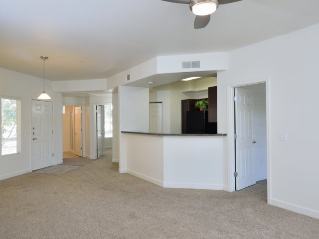 Lumiere Chandler Condos | Apartments For Rent in Chandler, AZ | Dining Room