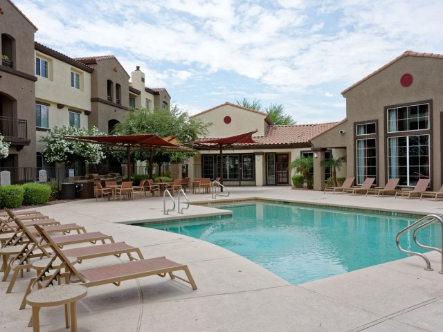 Waterford at Peoria Apartments for Rent in Peoria, AZ | Community Pool